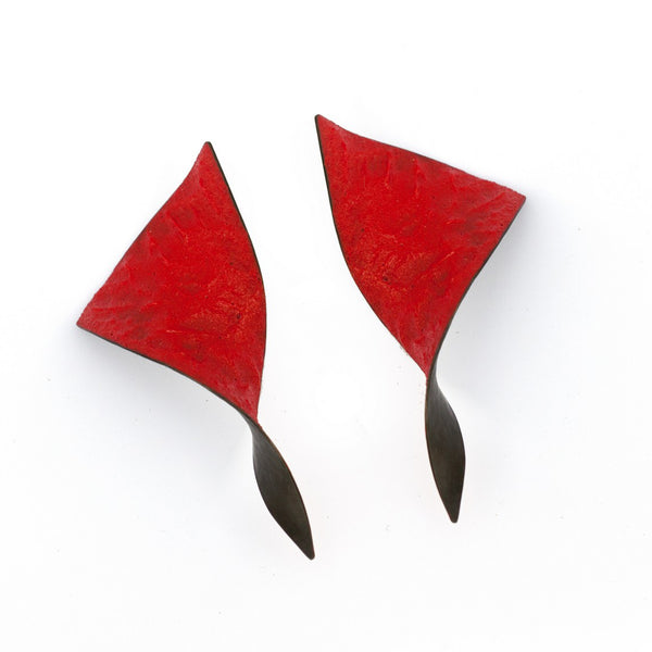 "Shades Triangle Asymmetric Earrings ""Scarlet Red"""