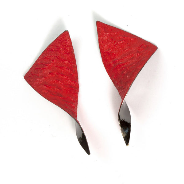 "Shades Triangle Earrings ""Red"""