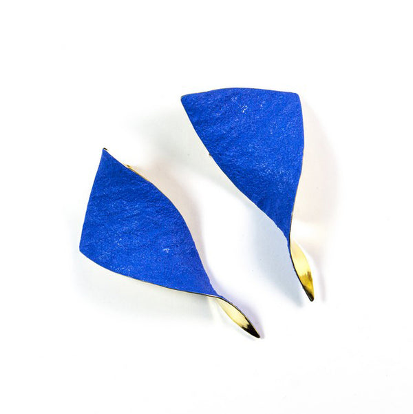 "Shades Triangle Earrings ""Blue"""