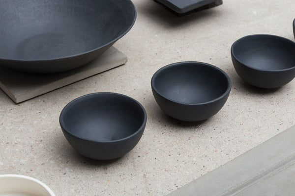 "Kauss ""Small Black"" - Nüüd Ceramics - Ehestu"