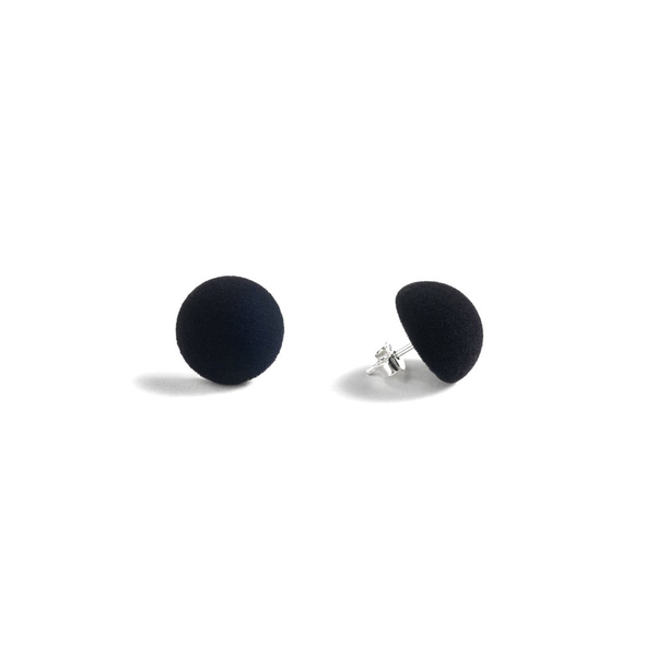 "Plüsch Ball Earrings ""Deep Black"" XS"