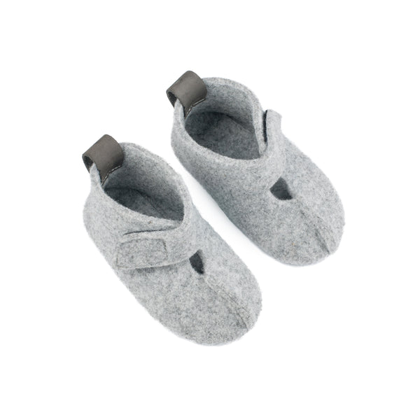 "Children's Slippers ""Kaku"""