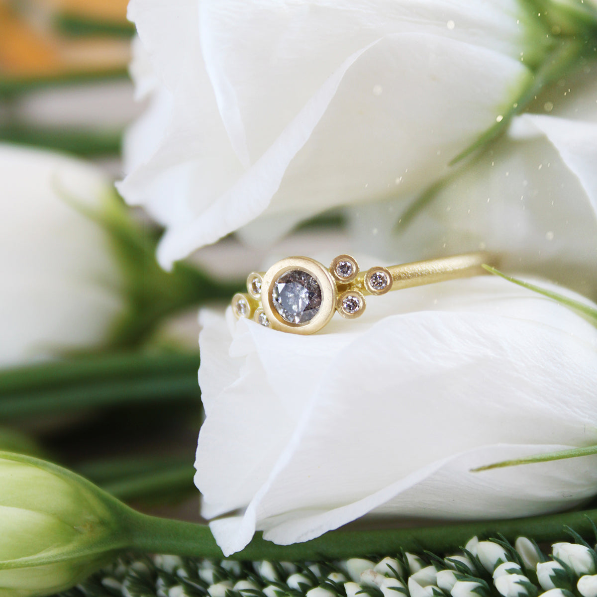 30pt Symmetrical Salt and Pepper Diamond & 18ct Yellow Gold Cluster Ring