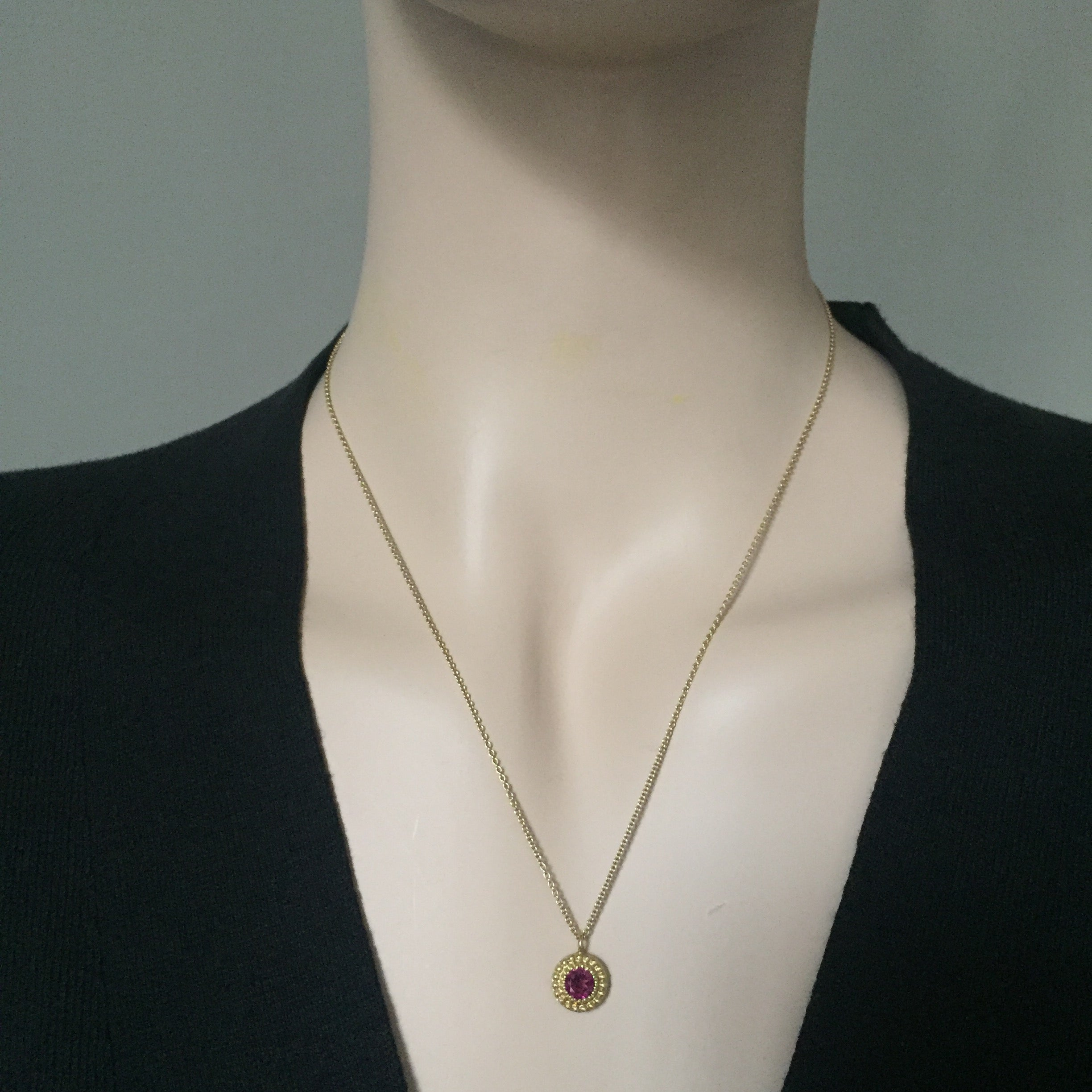 strawberry pendant gold chocolate le garnet with vanilla and raspberry rhodolite tw diamonds necklace vian in