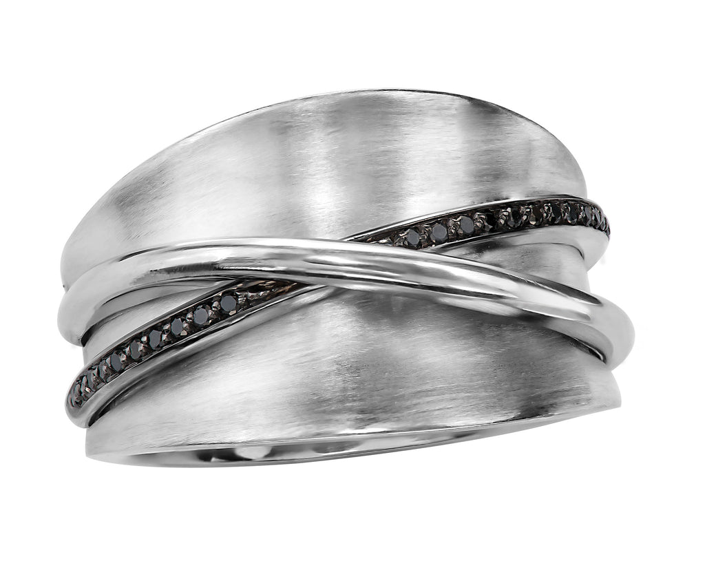 DD2727 - Silver / Black Diamond Band