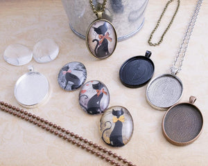 Silver Oval Cabochon Setting Glass and chain make your own neckace kit 30x40mm
