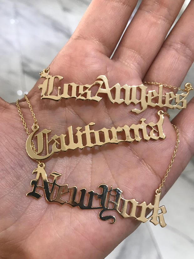 CITY GIRL NECKLACE