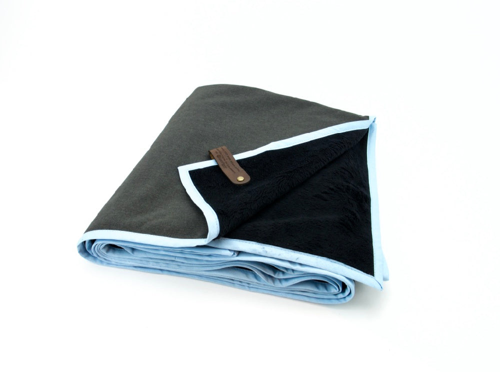 Adventure Blanket - Heather Charcoal