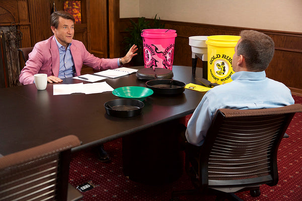 Robert Herjavec Consults With Mark Peterson