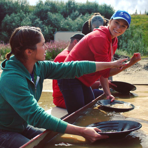 Jordan and Ilaura Reeves Gold Panning