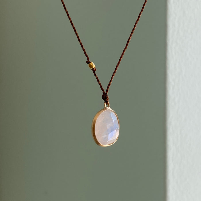 Rainbow Moonstone Lark