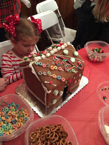 Gingerbread House Decorating Class