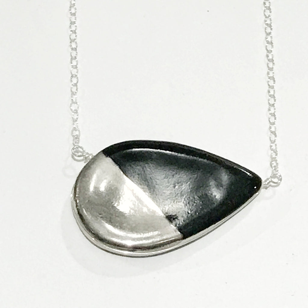 Large Petal Black and White Gold Necklace