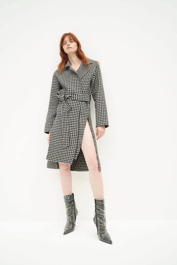 QUAINT ICONIC Lauren Wool-Cashmere Houndstooth Coat