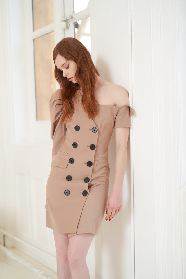 QUAINT Pre-Fall 2020 Laurissa Dress - Camel