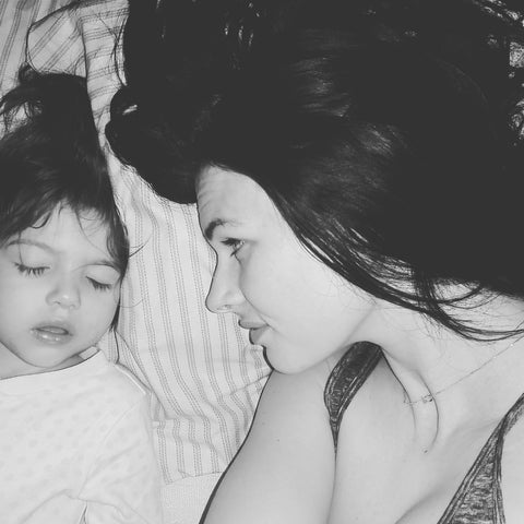 The benefits of Co-Sleeping Blog