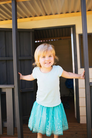 Toddler Tantrums when getting dressed blog