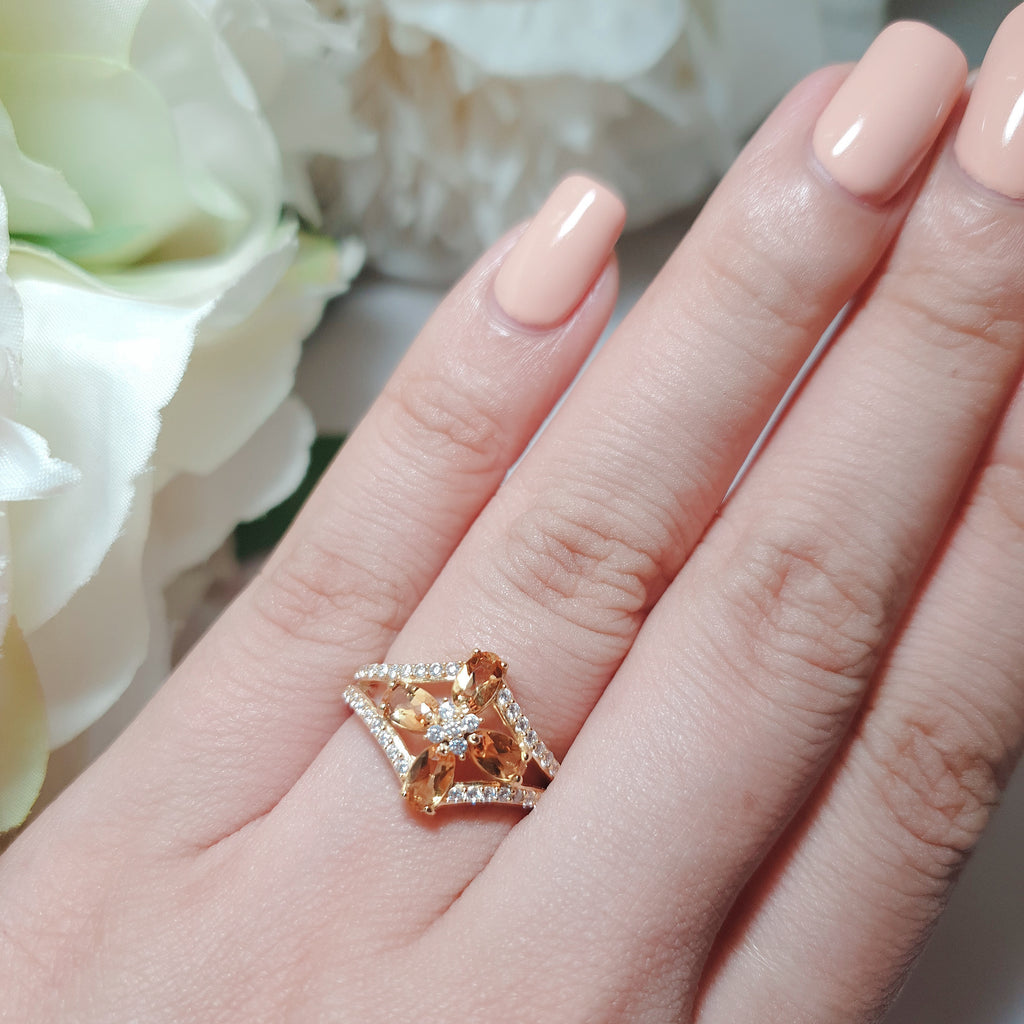 Citrine antique design ring