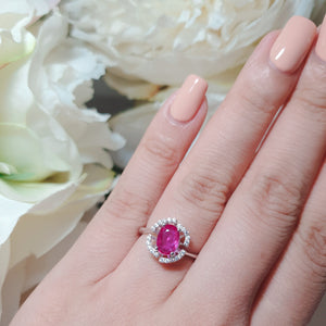 Ruby antique design ring