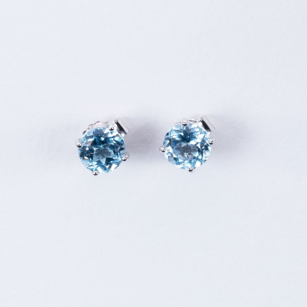 Simple gemstone stud earrings