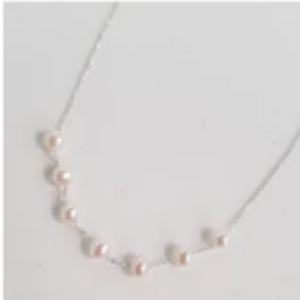 Small sea pearls necklace