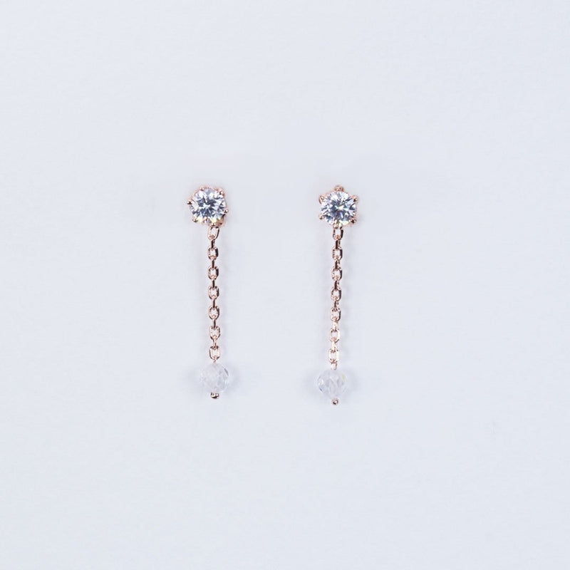 Dust diamond Stud earrings