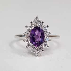 Amethyst: Oval Cut Ring