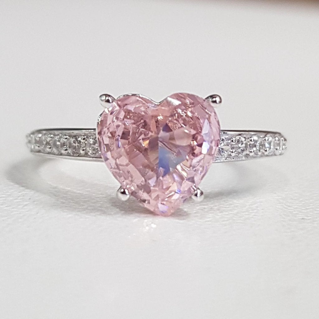 Pink Quartz: Heart Ring
