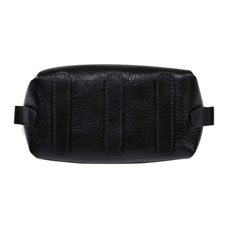monte-and-coe-black-leather-dopp-kit-bottom