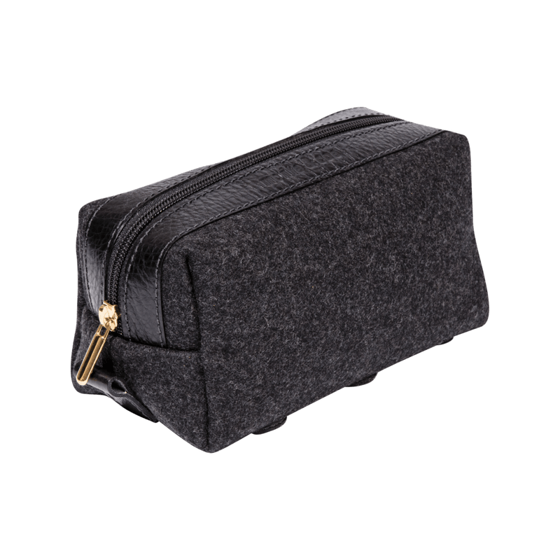 monte-and-coe-black-wool-dopp-kit-angle