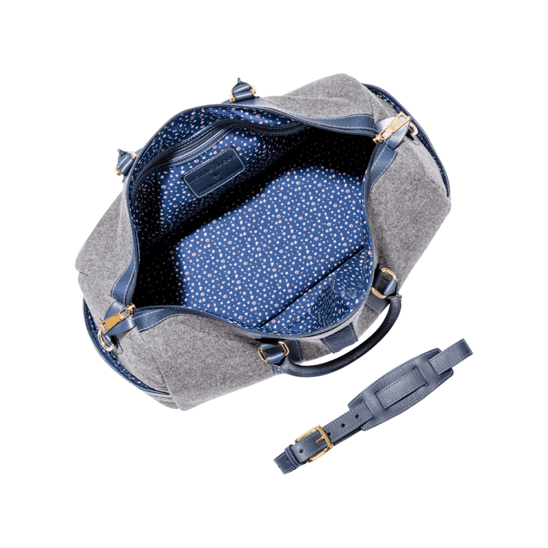 monte-and-coe-grey-and-navy-wool-weekender-bag-interior