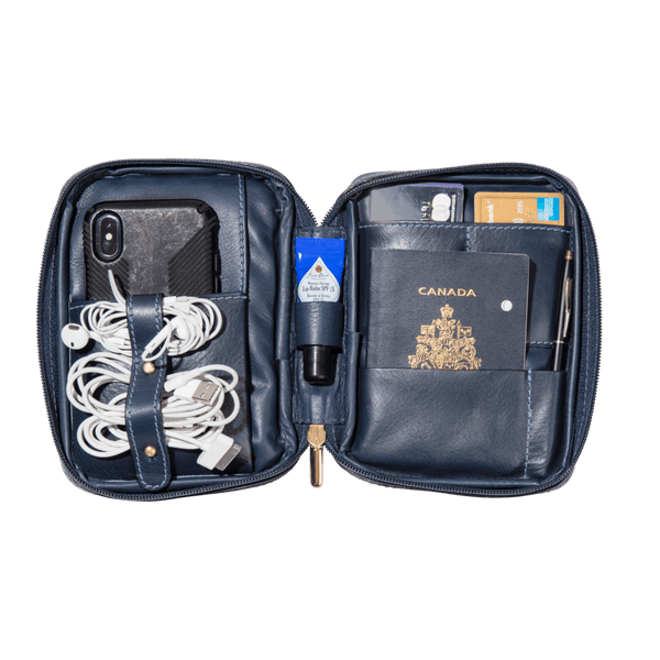 monte-and-coe-navy-leather-passport-holder-interior