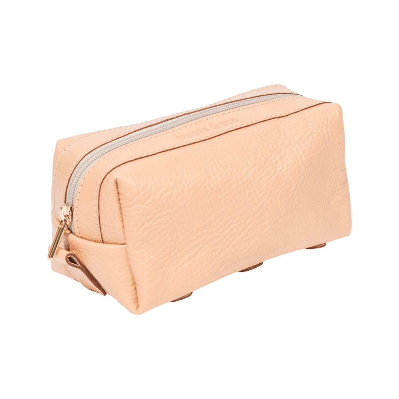 monte-and-coe-nude-leather-dopp-kit-angle