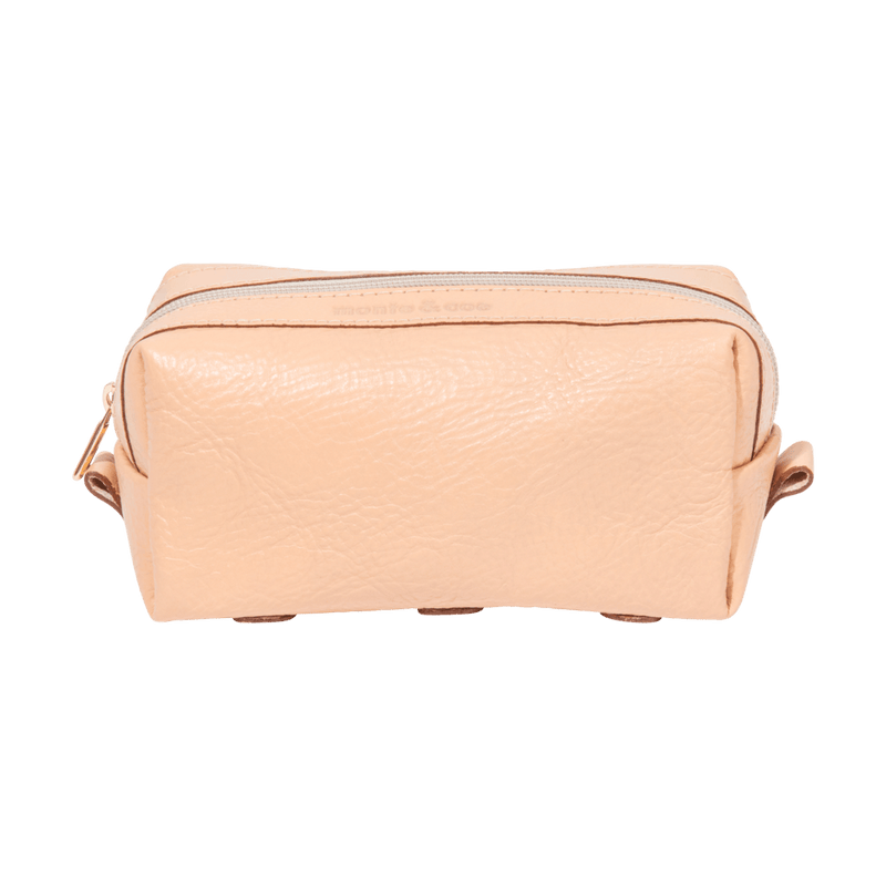 monte-and-coe-nude-leather-dopp-kit