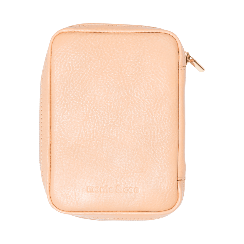 monte-and-coe-nude-leather-passport-holder-back
