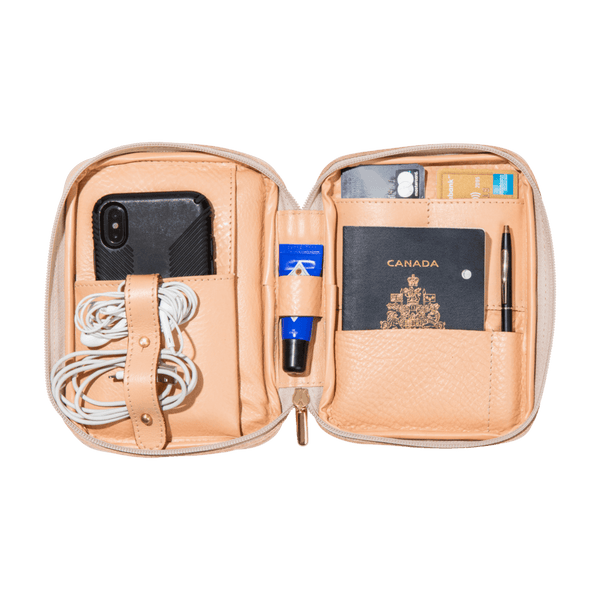 monte-and-coe-nude-leather-passport-holder-interior