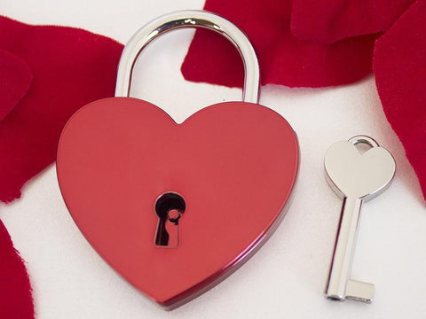 Red Single Heart Love Lock| Free Shipping & Engraving.