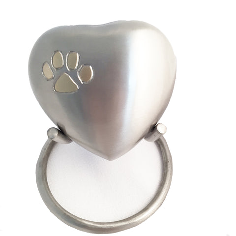 Pet Urn Heart & Paw urn with stand. Silver colour. Engraving included.