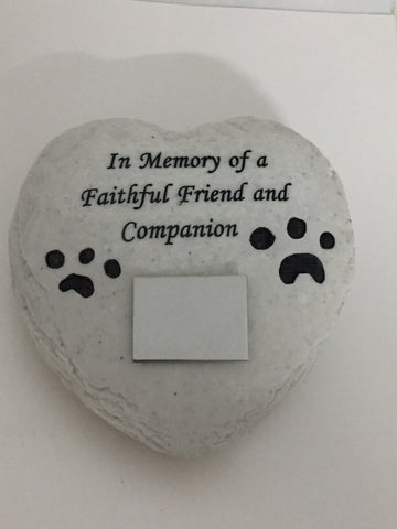 Garden Memorial Stone. Heart Shape & Paws. Engraving included.