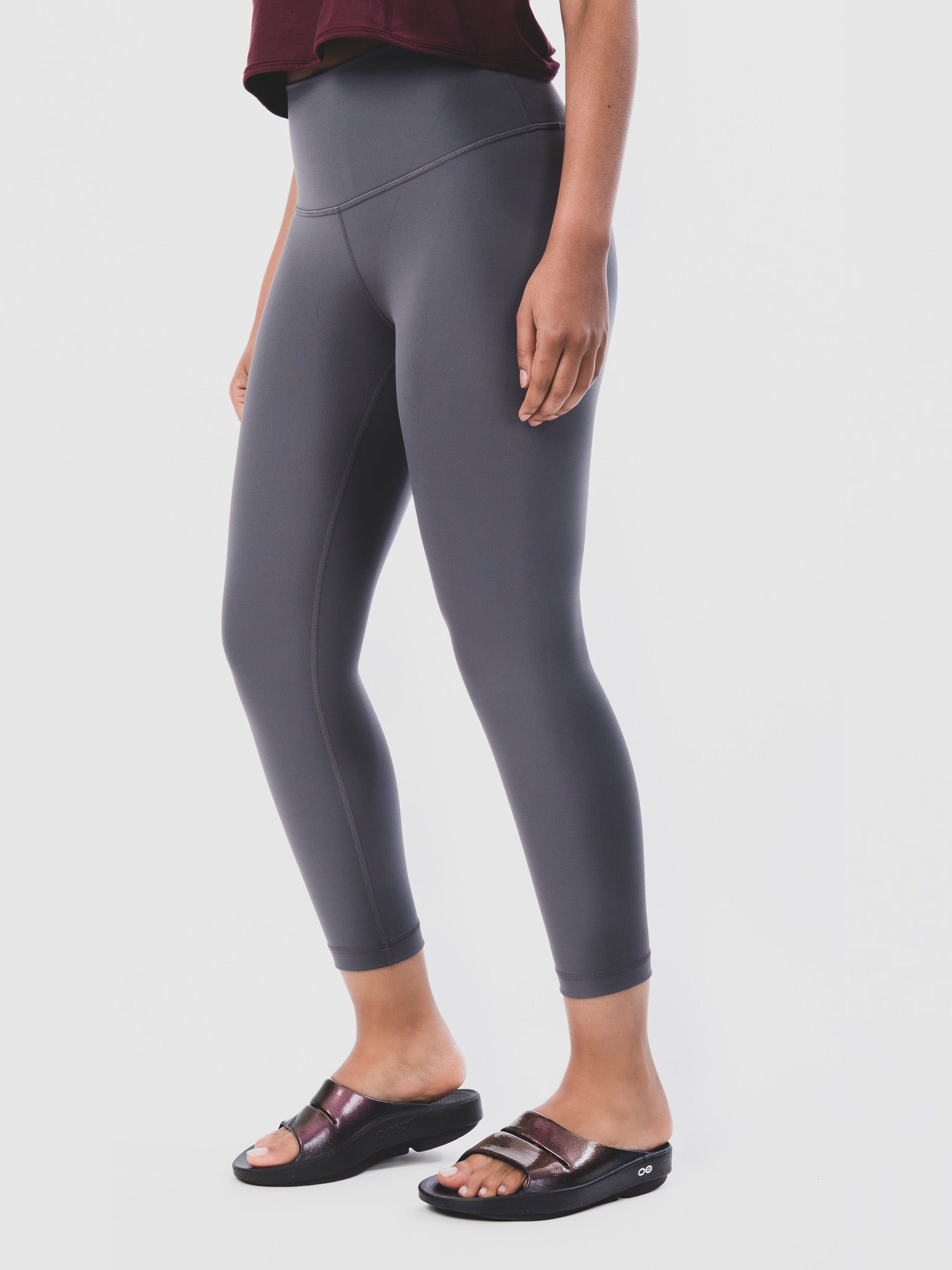 Women's OOahh Luxe Cabernet Knee Down