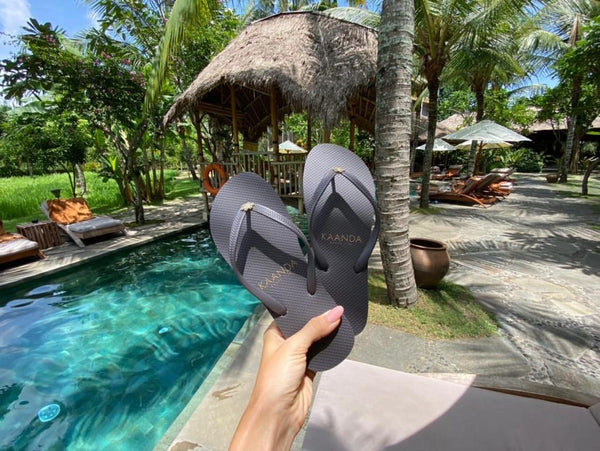 KAANDA FlipFlop with LoveKnot - Resort Collection