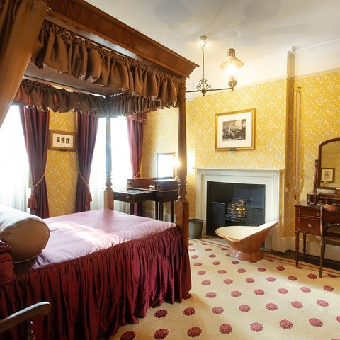 Image of Dickens's bedroom