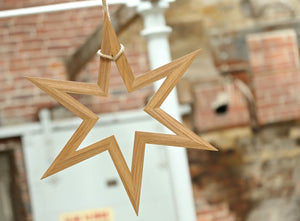 ESTEE Oak Hanging Star