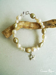 Star Bracelet with Green and White Pearl