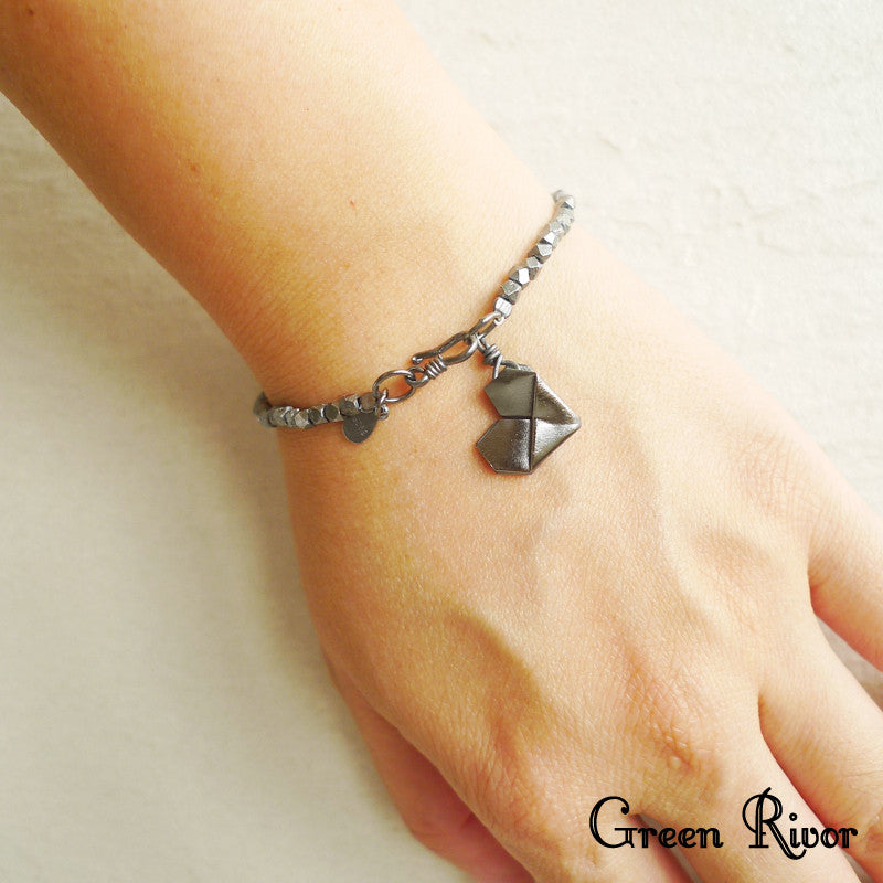 925 Silver Personalised Origami Heart Bracelet (Oxidized Black Silver)