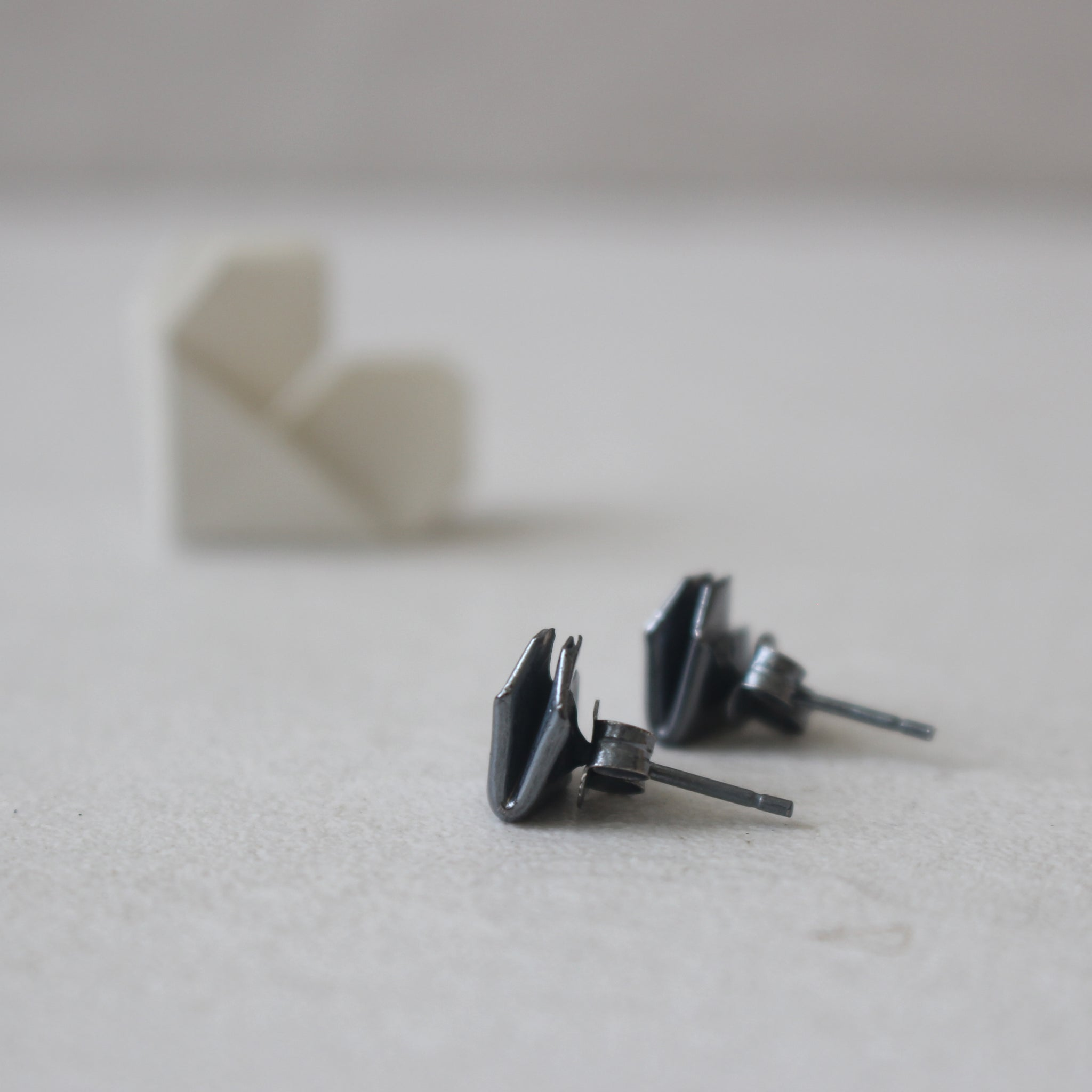Black Silver Origami Heart Stud Earrings (Medium) / Oxidised Silver Origami Heart Earrings (Medium)