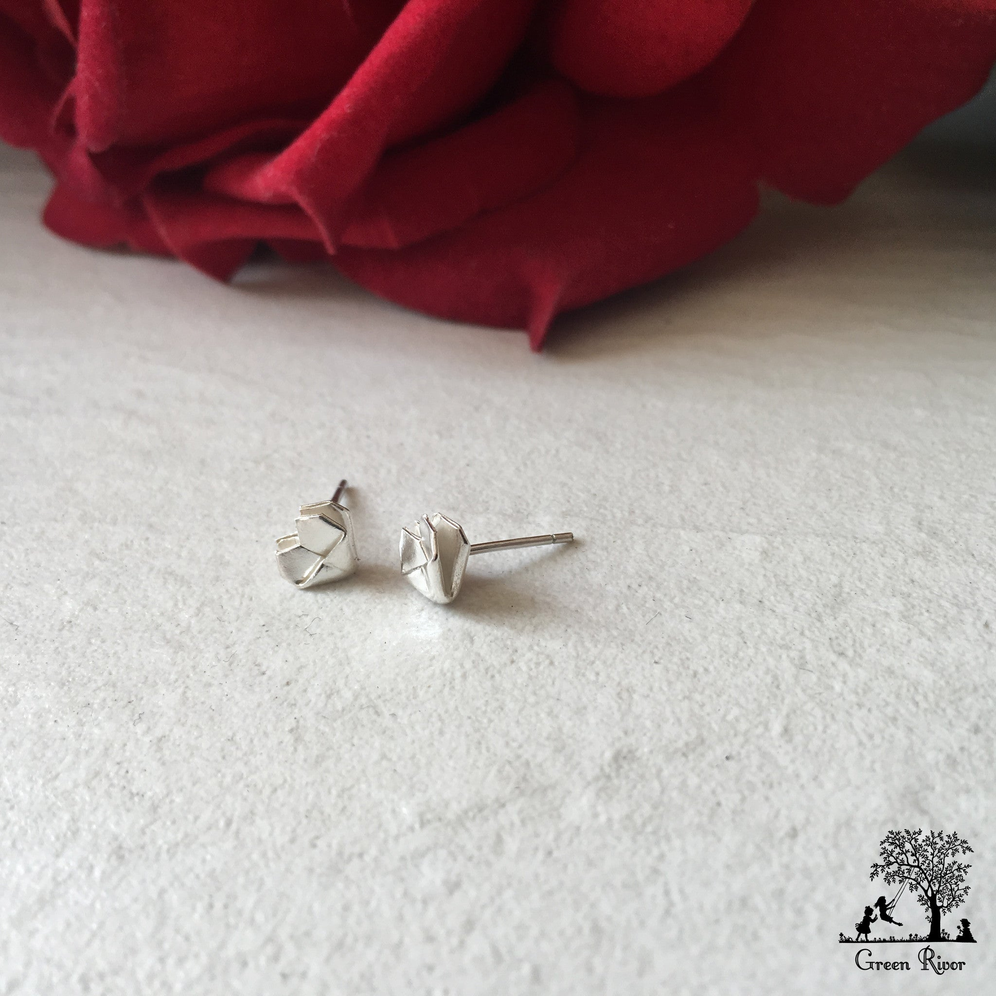 Silver Origami Heart Stud Earrings (Mini) / Sterling Silver Heart Earrings (Mini)