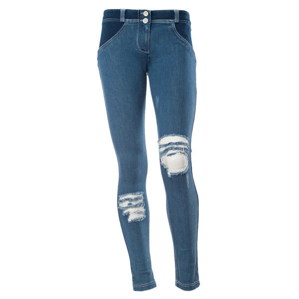 WR.UP® Low Waist Basic Denim Distressed (J0W)