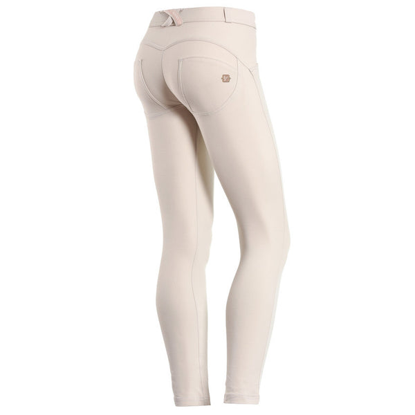WR.UP® Regular Waist Lysbeige (Z64)