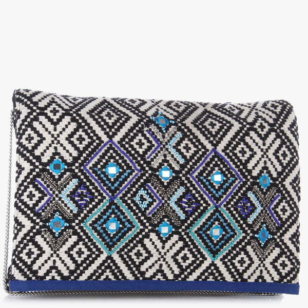 Temsu Cross-stitch Clutch